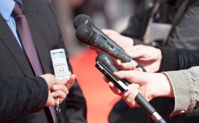 entrevista-microfonos